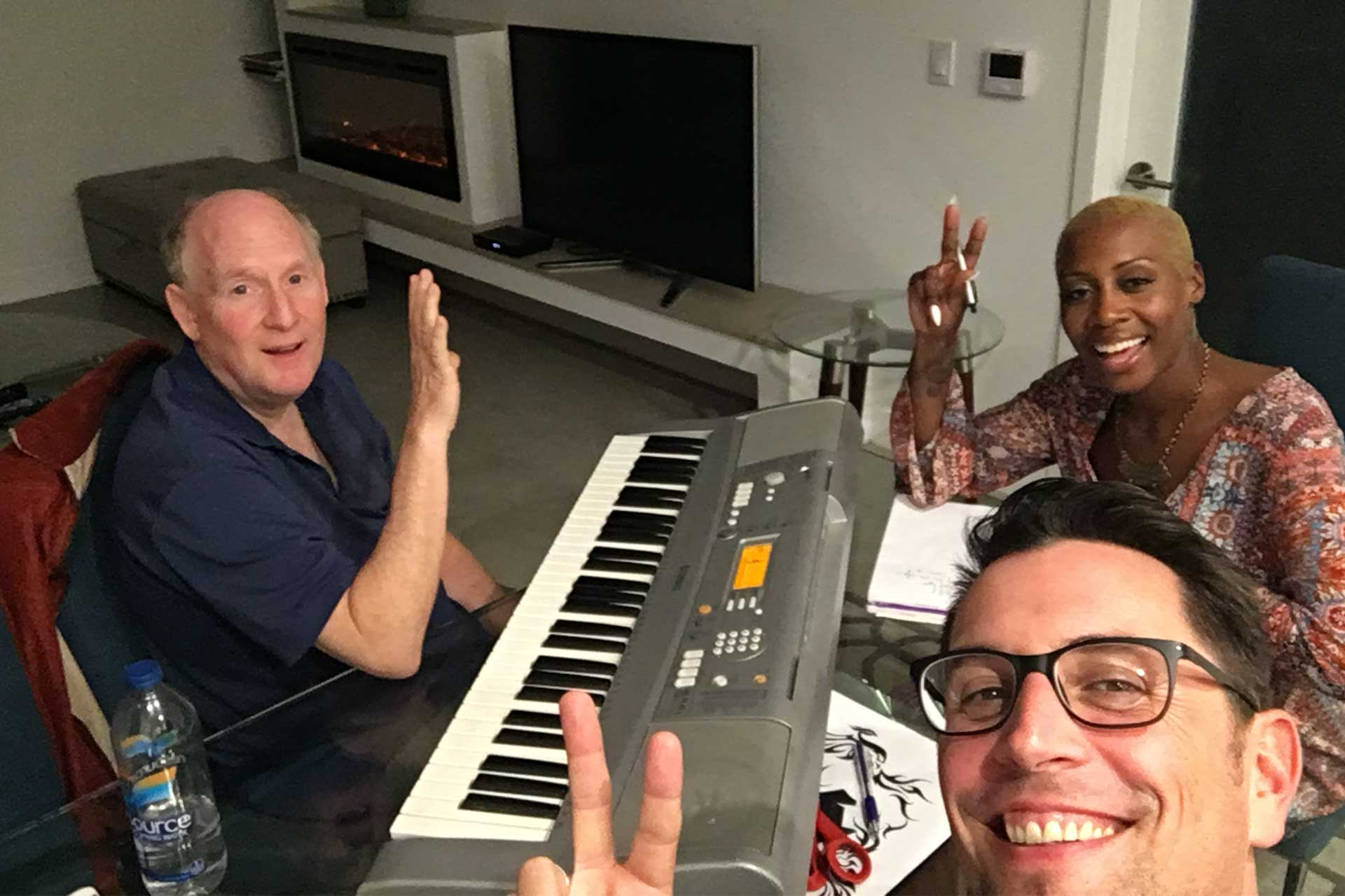 Songwriting mit Alan im AirBnb in Los Angeles